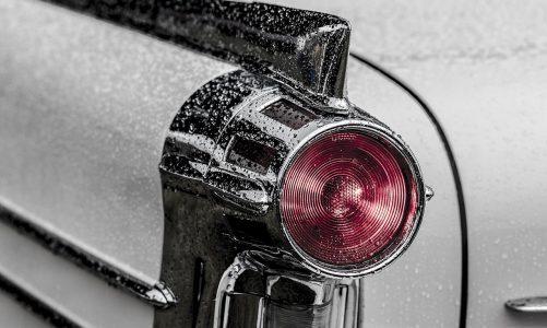 Co należy sprawdzić przed kupnem auta używanego?